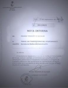 Los empleados del Ayuntamiento de Torrelodones tienen prohibido hablar con los medios de comunicación sin la autorización previa de dos concejales, el de Comunicación y el del área de la que dependan