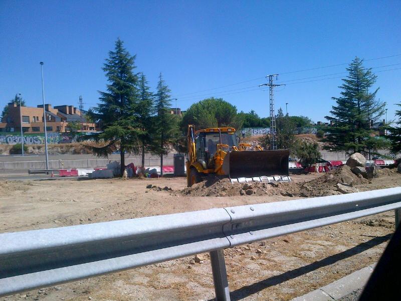 Obras de construcción de la rotonda de Los Bomberos (Torrelodones)