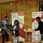 Los Trabajadores de la Escuela Municipal de Idiomas de Torrelodones recibe su premio