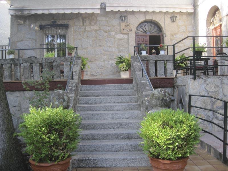 Residencia de Ancianos Sta. Mª de los Ángeles, Torrelodones