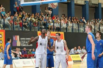 Final Four - Torrelodones - Abril 2014 (Jordan falta y vale la canasta)