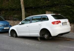 Audi robado en calle Francisco Sicilia de Torrelodones (Pueblo) la madrugada del 31-5