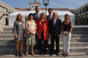 Delegada del Gobierno Cristina Cifuentes en de Hoyo de Manzanares para firmar el acuerdo con el Ayuntamiento