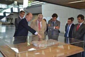 El alcalde, Agustín Juárez, junto al consejero de Sanidad, Javier Rodríguez, han realizado una visita al Hospital Público de Collado Villalba