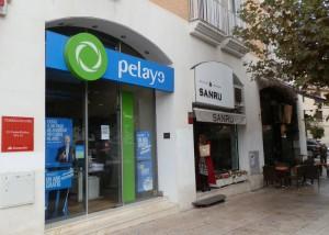 En Seguros Pelayo, en la calle Carlos Picabea de Torrelodones, confirman el aumento de robos de piezas