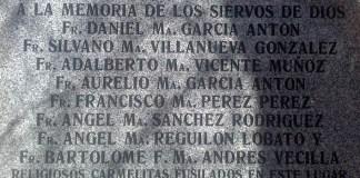 placa en memoria de los 8 carmelitas asesinados en Carabanchel
