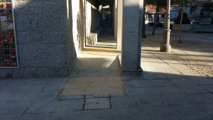 1barreras-arquitectonicas-torrelodones