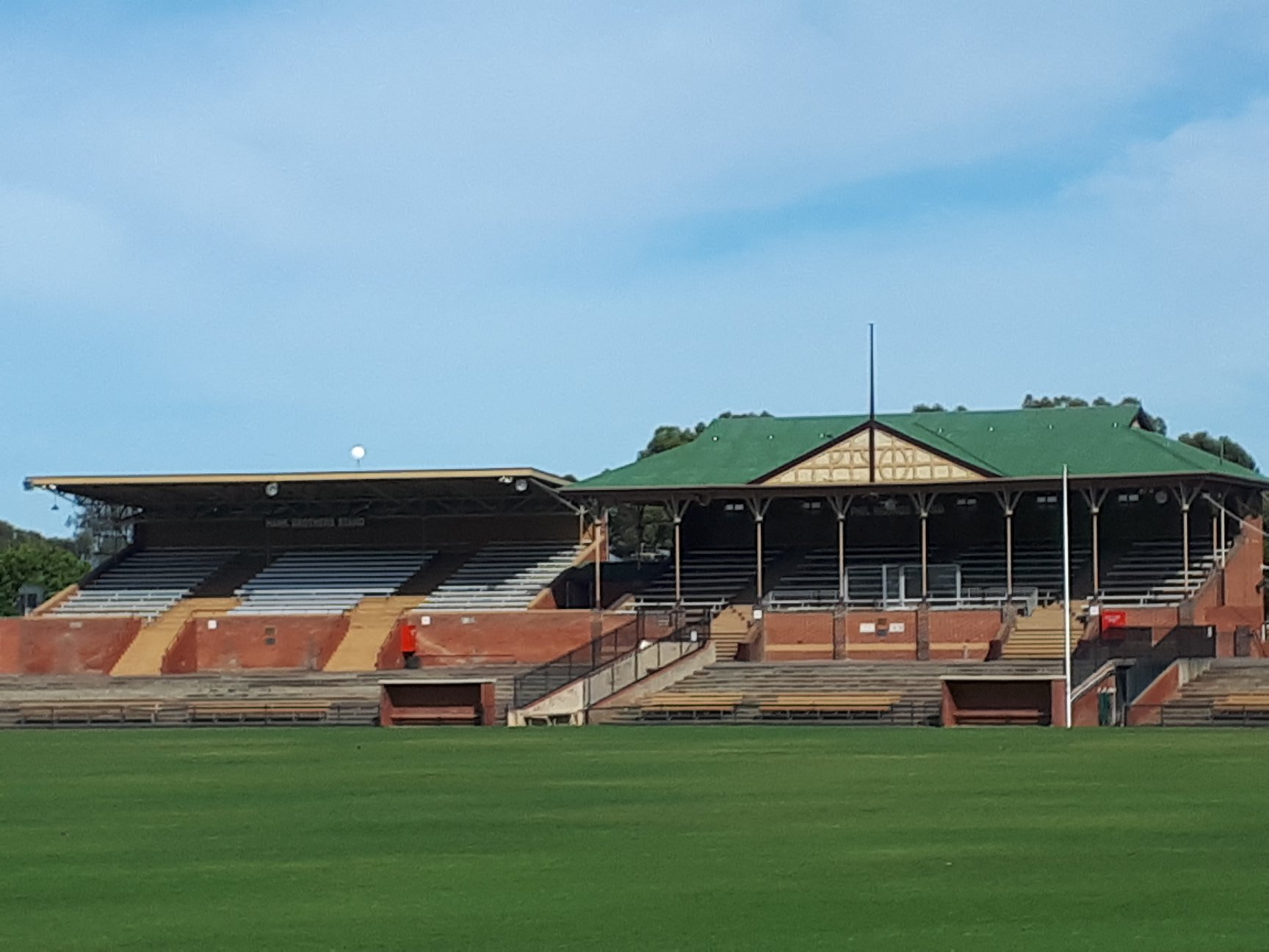 181210 View of Thebarton Oval from the western end of new green