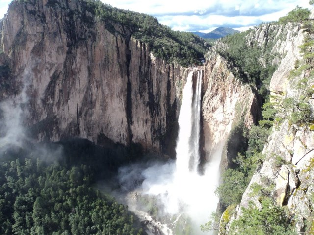 Basaseachi waterfall