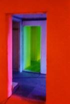 Innenraum Torstraße 111, mit Lichtinstallation