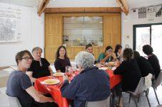 Essen mit den Künstler*innen von P.A.R.C.