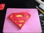 Superman  logó készítése képekben, stencillel
