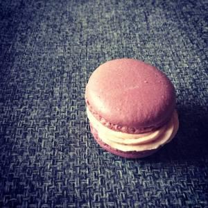 bordo_lila_sargamakaronokok-keszitese-tortaiksola-1 (4)