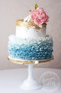 ruffle-daisy-wedding-cake-juniper-cakery-11