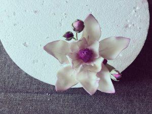 cukor-magnolia-keszitese-csokorba-kotve-tortaiskola-glazurshop-1 (5)