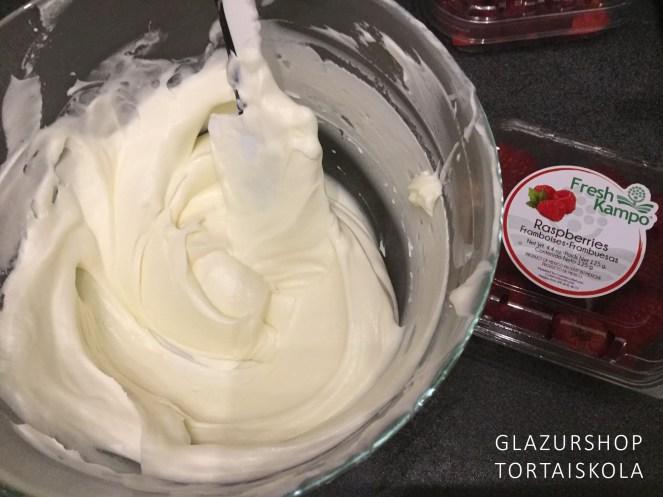 malnas-mascarpone-krem-laktozmentes-tortaiskola-2
