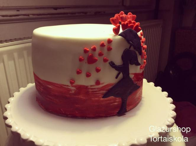 stenciles-festett-valentin-torta-tortaiksola-1-8