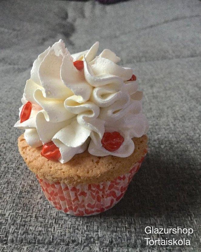 valentin_napi-cupcake-7