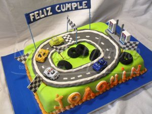 10 Tortas decoradas con autos (10)