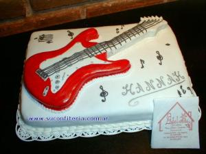 10 tortas decoradas con guitarras (5)
