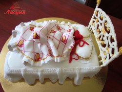#п220(1) торт кровать для влюблённых