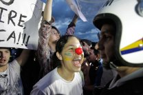 A demonstrator shouts at police during a protests in front of the Brazilian National Congress in Brasilia, Brazil, Monday, June 17, 2013. AP Eraldo Peres