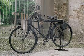 Museo Tito Sana. Bicicletta da ombrellaio