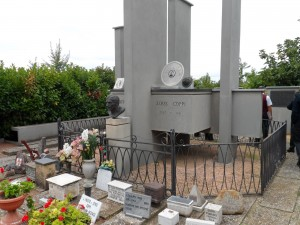 Casa Coppi Castellania - Il mausoleo dei fratelli Coppi