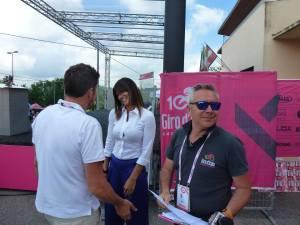 Barbara Pedrotti e Stefano Bertolotti in piazza Candido Cannavo a Castellania