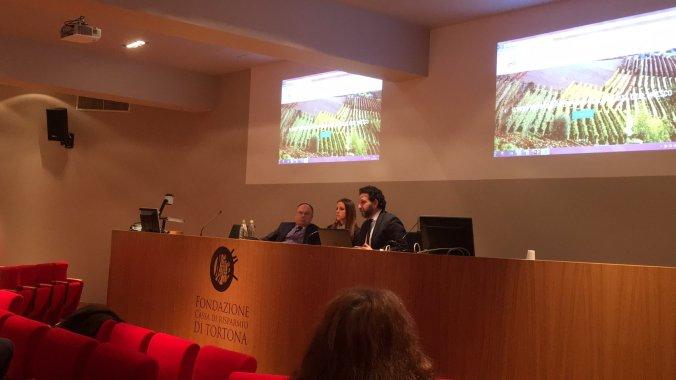 Denise Morelli presenta il consorzio turistico tortonese in sala della Fondazione