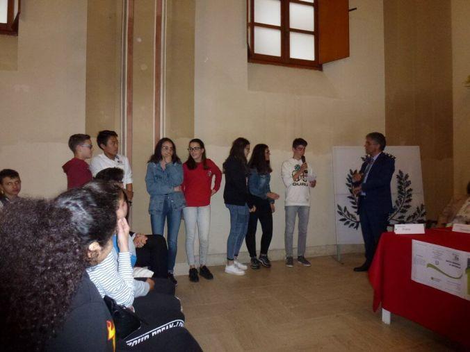I ragazzi delle scuole di Viguzzolo alla presentazione della ricerca di silvia figini