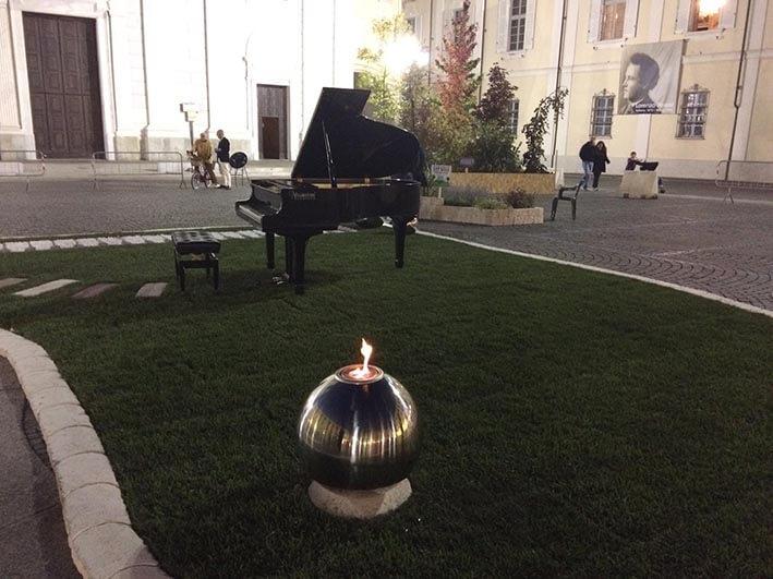 Un grave lutto ha colpito la Diocesi di Tortona, rinviate le Invasioni Musicali