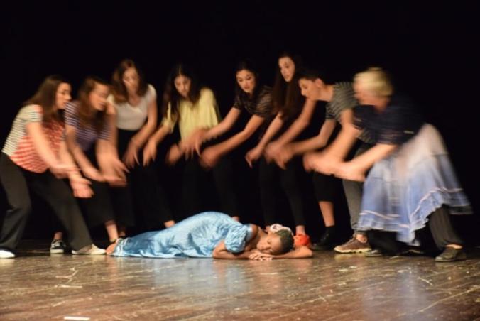 I Ragazzi del laboratorio teatrale del Liceo Peano
