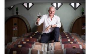 Carlo Volpi al plesso Carbone per parlare di vino e di terra, ma non solo