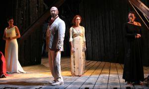 Antigone di Sofocle al Civico di Tortona, è il decimo spettacolo della Stagione Teatrale 2019/2020