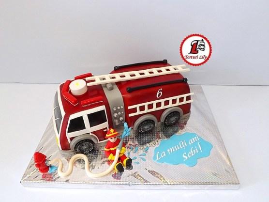 tort masina pompieri 8
