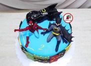 tort-spiderman-si-batman2