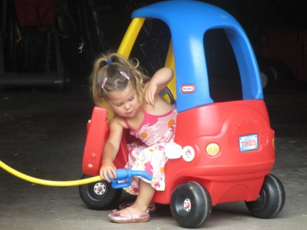 Tegan gets gas.