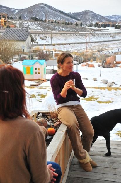 Kari spins a yarn