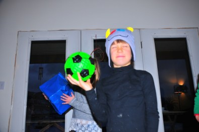 The gifts. Ball, hat...