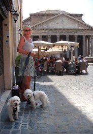 Jean and Girls at the Pantheon