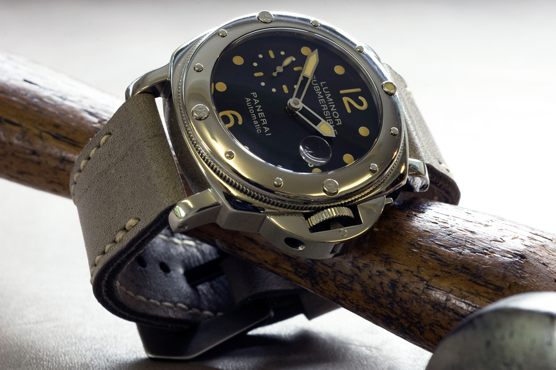 Panerai 24 on Military Grey leather with natural stitching. © Richard Beard