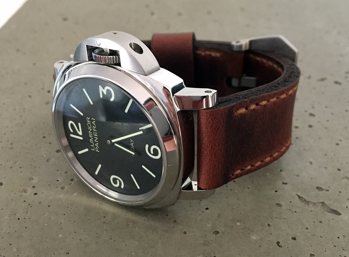 Panerai 560 on Phantom leather with butterscotch stitching. © Jens Haraldsson