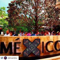 Mexiko Pavillon. Universal- expo . Architektur travertin naturstein