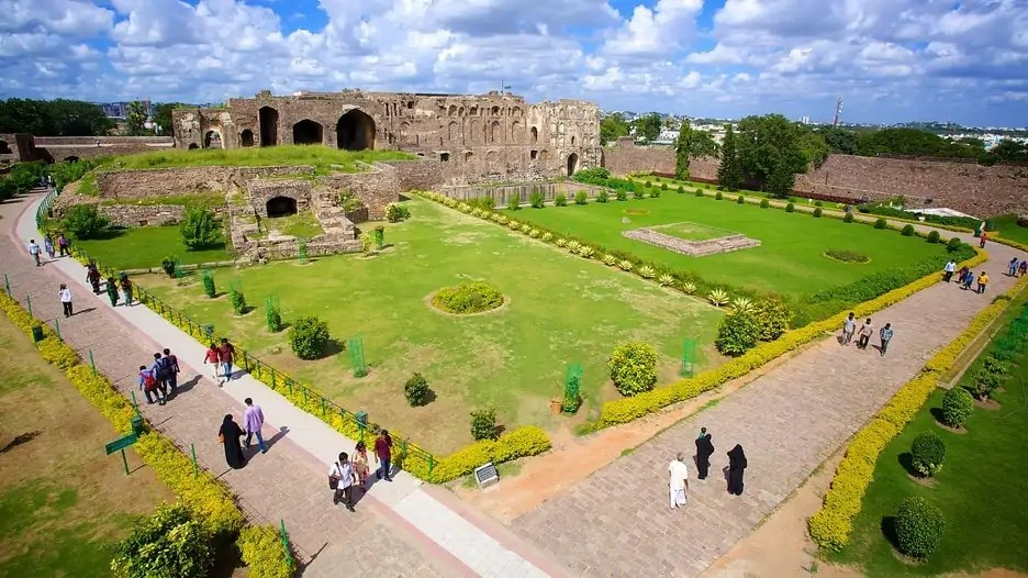 Hyderabad is the capital of southern India's state of Telangana. Hyderabad has a legacy of the royal Nizams and their beautiful architecture, amazing food, commercial history and welcoming people. Read this article to plan your itinerary to Hyderabad, India