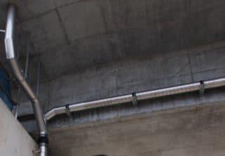 橋梁用排水装置 比較表用ステンレス写真