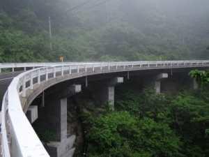 橋梁用排水管を青森県へ垂れ流し管で