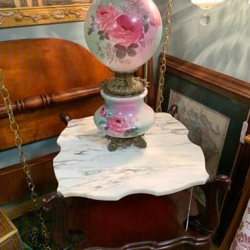 Lovely Hand-painted Ball Globe Lamp