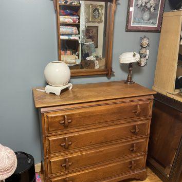 Amish Craftsmen made this dresser/mirror.
