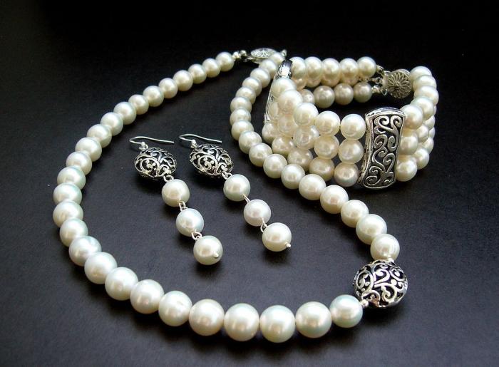 077c2262be Ako si vybrať správne šperky. Pri výbere šperkov zvážte niekoľko ...